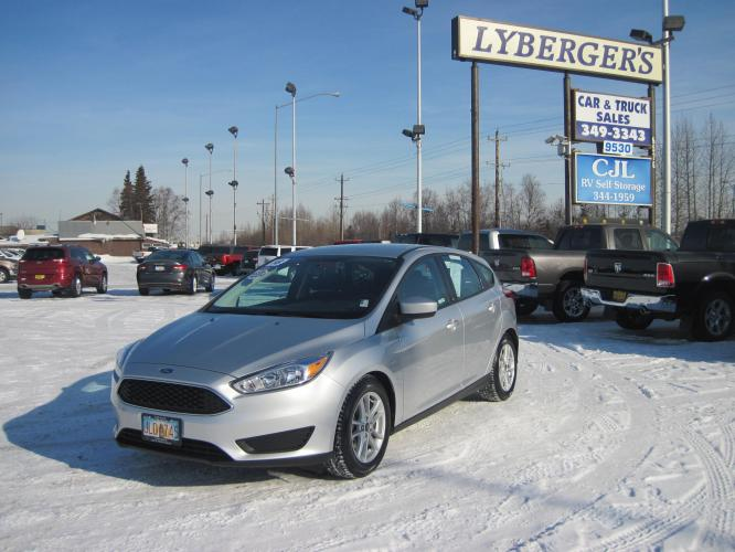 2018 silver /black Ford Focus SE Hatch (1FADP3K25JL) with an 2.0L L4 DOHC 16V engine, automatic transmission, located at 9530 Old Seward Highway, Anchorage, AK, 99515, (907) 349-3343, 61.134140, -149.865570 - Photo #0