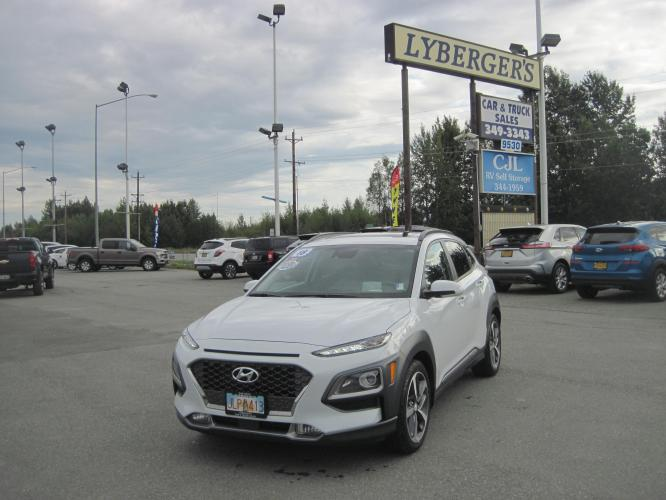 2018 white /Tan Hyundai Kona Ultimate w/Lime Accent AWD (KM8K5CA50JU) with an 1.6L L4 DOHC 16V TURBO engine, 7A transmission, located at 9530 Old Seward Highway, Anchorage, AK, 99515, (907) 349-3343, 61.134140, -149.865570 - Photo #0