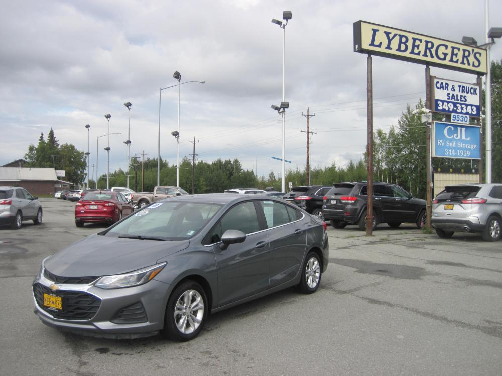 2019 gray /black Chevrolet Cruze LT Auto (1G1BE5SM7K7) with an 1.4L L4 DOHC 16V TURBO engine, 6A transmission, located at 9530 Old Seward Highway, Anchorage, AK, 99515, (907) 349-3343, 61.134140, -149.865570 - Photo #0