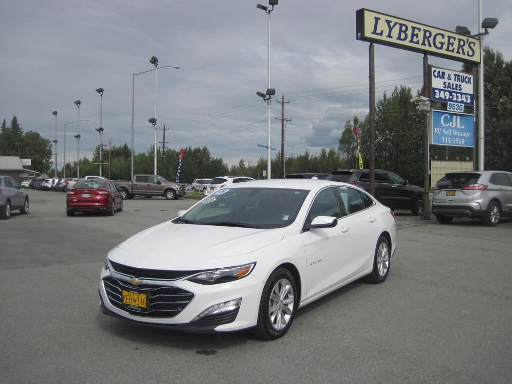2019 white /black Chevrolet Malibu LT (1G1ZD5STXKF) with an 1.5L L4 DOHC 16V engine, 6A transmission, located at 9530 Old Seward Highway, Anchorage, AK, 99515, (907) 349-3343, 61.134140, -149.865570 - Photo #0