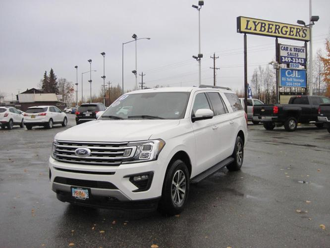 2019 white /black Ford Expedition MAX XLT 4WD ( 1FMJK1J) with an 3.5L V6 DOHC 24V FFV engine, 6A transmission, located at 9530 Old Seward Highway, Anchorage, AK, 99515, (907) 349-3343, 61.134140, -149.865570 - Photo #0