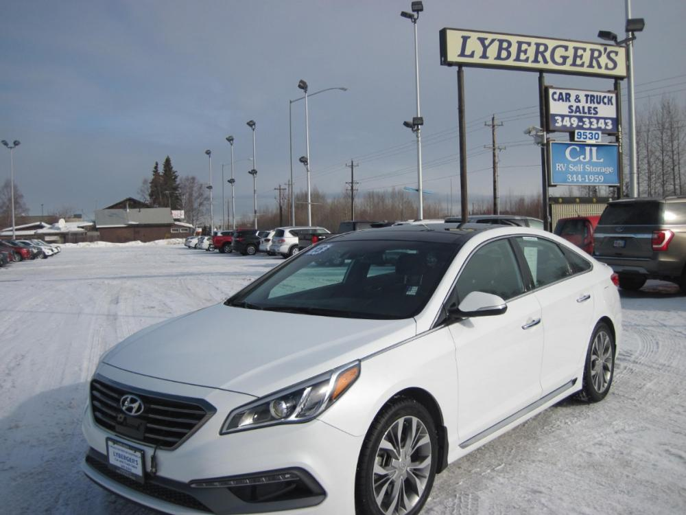 2015 white /black Hyundai Sonata Sport 2.0T (5NPE34AB9FH) with an 2.0L L4 DOHC 16V TURBO engine, 6-Speed Automatic transmission, located at 9530 Old Seward Highway, Anchorage, AK, 99515, (907) 349-3343, 61.134140, -149.865570 - Photo #0